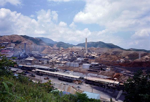鉱山(こうざん)とは - コトバン...
