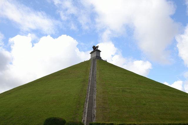 ライオン像の丘(ライオンゾウノ...