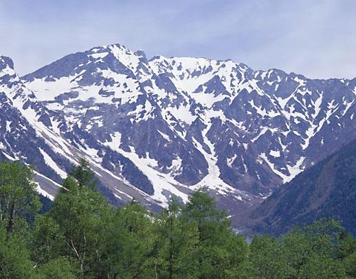 飛騨山脈とは - コトバンク